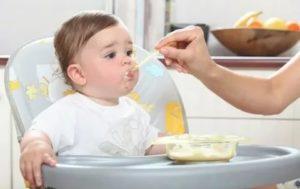Ребенка рвёт от молочной каши