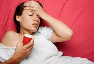 От стресса поднимается температура, озноб, головная боль