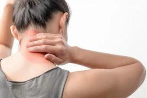 Тошнота, боль в мышцах