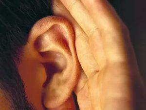 Звук в ушах