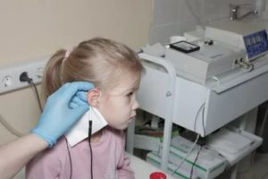 Стоит ли ходить на электрофорез уха?