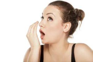 Неприятный запах изо рта и носа