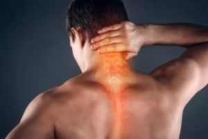 Боль в задней части шеи после аденотомии