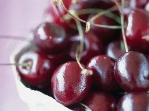 Можно ли есть вишни при цистите?