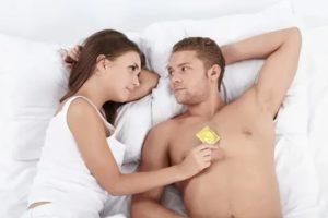 Возможен ли половой акт в презервативе?