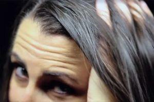 Появились несколько седых волос в 23 года