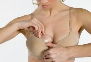 Одна грудь растет быстрее другой