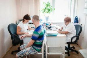 С 2020 года земские врачи и фельдшеры будут получать подъемные вне зависимости от возраста