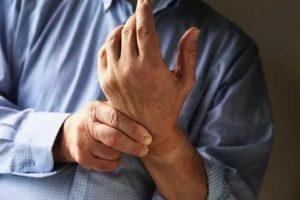 Болит рука по ночам